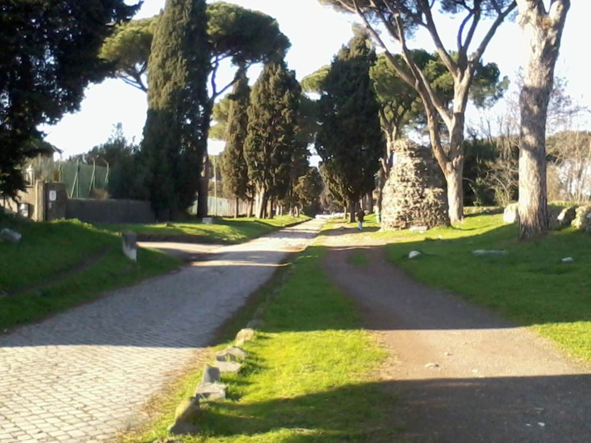 appian-way_Italy-Tour-With-Theresa_00