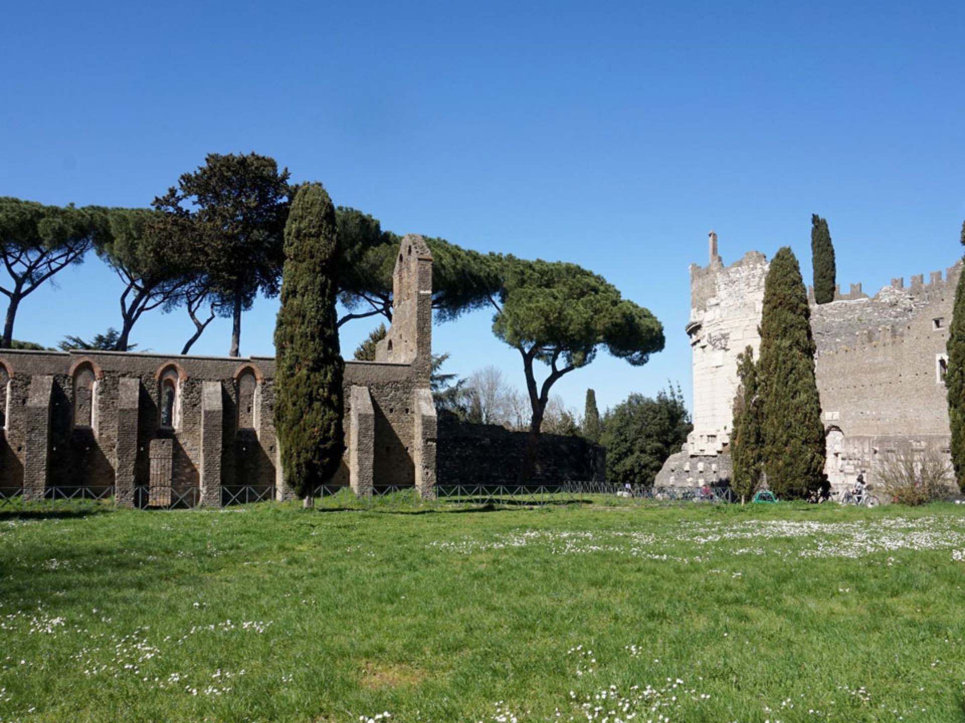 appian-way_Italy-Tour-With-Theresa_13