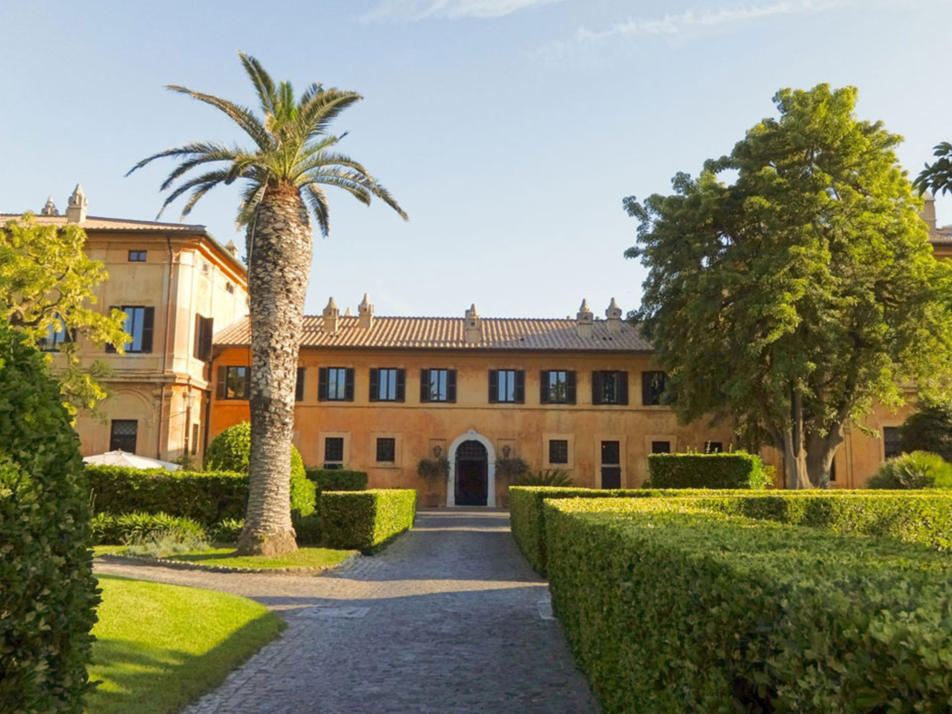 etruscan-cerveteri_Italy-Tour-With-Theresa_04