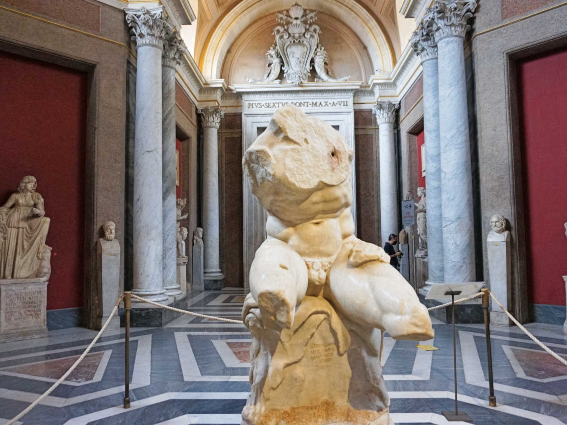 vatican_Italy-Tour-With-Theresa_14